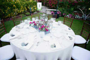 Gorgeous centerpieces by Artisan Events and Floral Decor