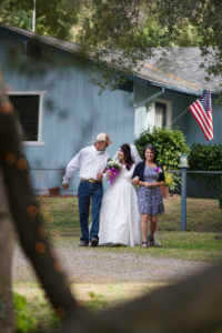 Rustic_Wedding_Yosemite_Home_Garden